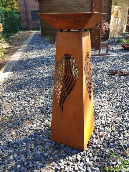 Pflanzsäule Flügel Edelrost